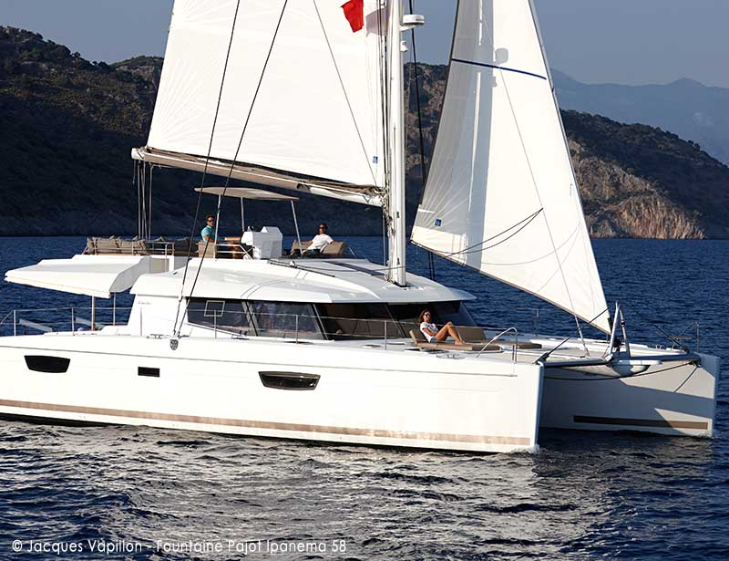 catamaran-Fountaine-Pajot_Ipanema58__Exterieur_copyright-Jacques Vapillon-20180208.jpg